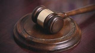 Un mecánico, acusado de falsificar la firma de un cliente en el albarán