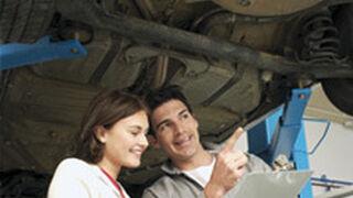 Cada familia gasta 655,22 euros al año en reparar el coche