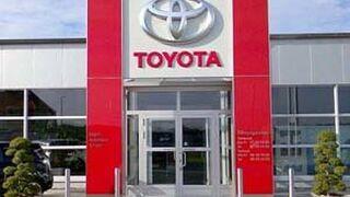 Concesionarios Toyota inauguran las multas de Competencia