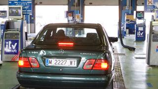 Las ITV de Madrid rechazan uno de cada cinco vehículos