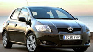 La red Toyota revisará 106.000 coches desde mediados de febrero