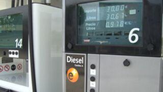 Los talleres gallegos reciben centenares de vehículos averiados por una partida de gasóleo adulterado