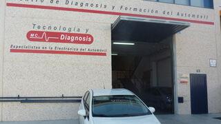 MC Tecnología y Diagnosis adquiere un Prius para formar sobre híbridos