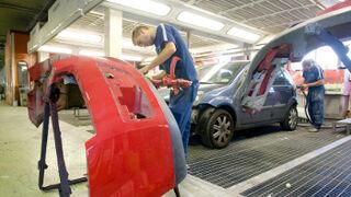 Automoción pierde 80.000 afiliados a la Seguridad Social en 2012