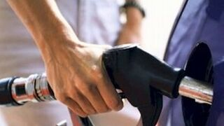 Los vehículos de renting consumen 5,1 litros cada 100 kilómetros