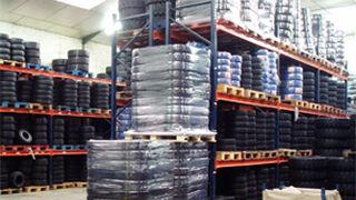 La venta de neumáticos cae el 5,4% en valor en el último año