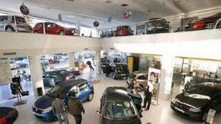 El precio medio de los coches vendidos bajó el 6% en abril