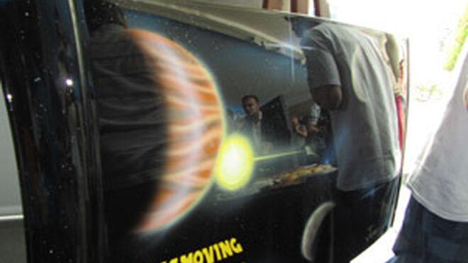 Los futuros pintores del taller demuestran sus habilidades