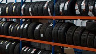 La venta de neumáticos cae el 10% en volumen en el último año