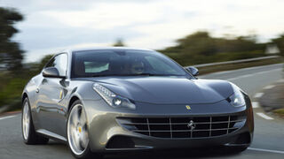 Bridgestone equipa al Ferrari FF