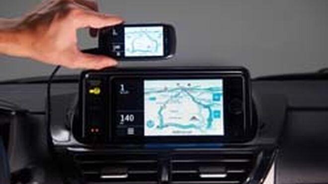 La pantalla del Smartphone, en el nuevo Toyota iQ 2012