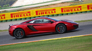 Pirelli personaliza los neumáticos del McLaren MP4-12C
