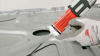 Adhesivo Teroson Teromix de Henkel para acabados perfectos