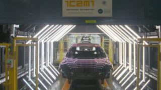 Un túnel detecta defectos de pintura en vehículos en 10 segundos