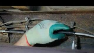 Instalación de una bomba universal Airtex de gasolina