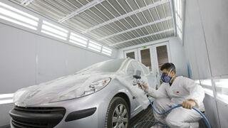 La prevención de riesgos laborales cala en los talleres de Madrid