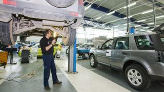 Seis de cada diez navarros revisan su coche en talleres multimarca