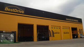 BestDrive inaugura taller en una estación de servicio en Tudela