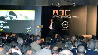 Atraer, construir y personalizar, estrategia de posventa de Opel