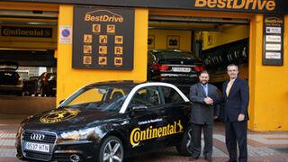 Continental facilita coches de sustitución a talleres