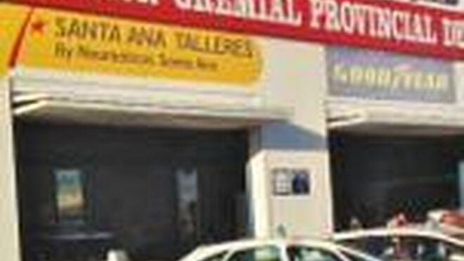 El neumático, protagonista en los taxis de Almería