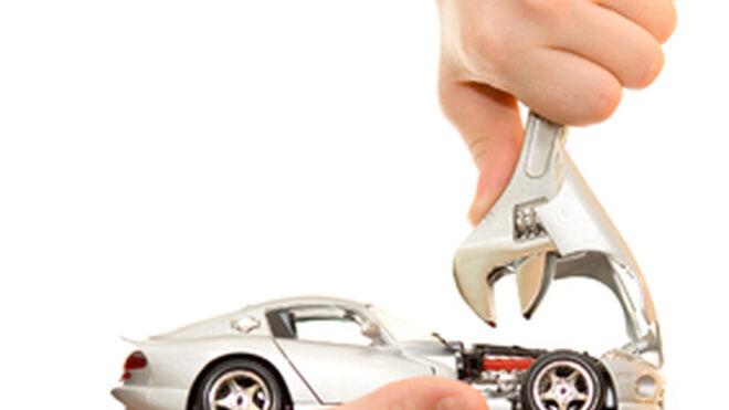 El 61% de españoles se ve reparando su propio coche en 10 años