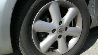 1 de cada 4 coches en Girona lleva neumáticos en mal estado