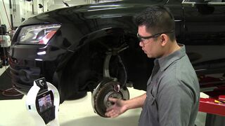 Un robot, ayudante del mecánico en Audi