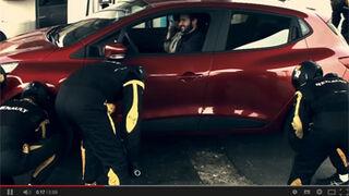 Renault, pit stops para coches reales en su última campaña