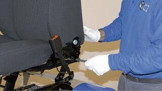 Desmontaje de un airbag lateral de asiento en diez pasos