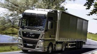 Man elige neumáticos KMax y FuelMax para los TGS y TGX