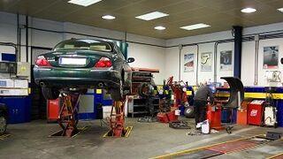 La reparación de coches, segundo servicio más denunciado en Alicante