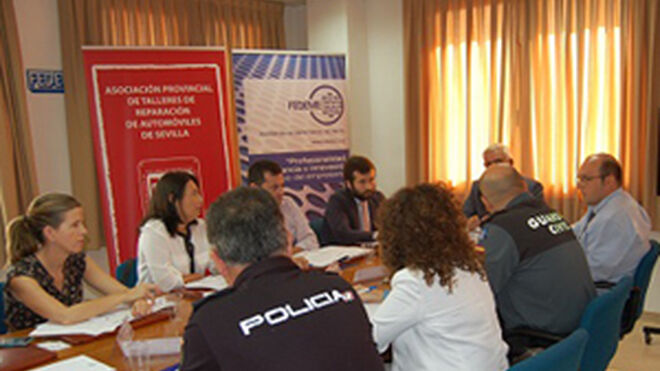 Talleres de Sevilla crean la primera 'Mesa contra el ilegal'
