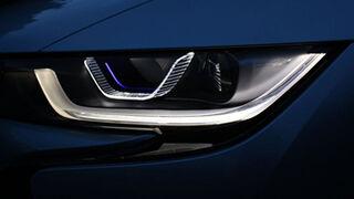 BMW, iluminación láser inteligente y diodos OLED