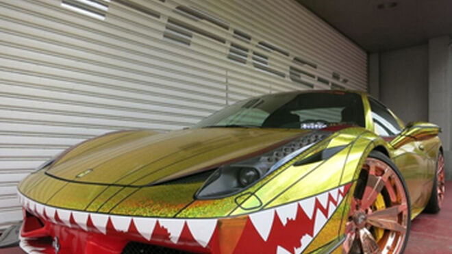 Un taller japonés transforma un Ferrari en un tiburón