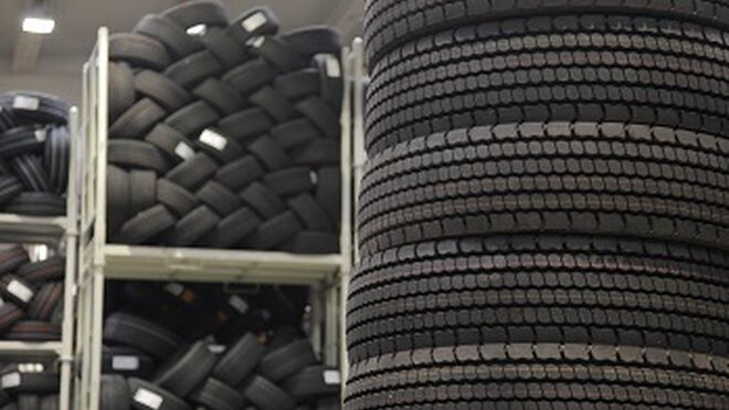España, a la cola: las ventas de neumáticos en consumer cayeron el 88% en abril
