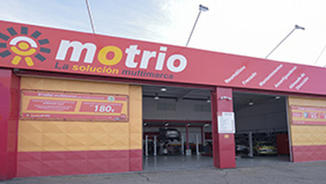 Talleres motrio quiere cerrar 2016 con 230 centros en espa a - Fachadas de talleres ...