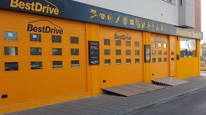 BestDrive abre otro centro en Granada y ya cuenta con 34 talleres en Andalucía