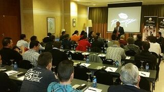 R-M presenta su programa para talleres Premium Partners