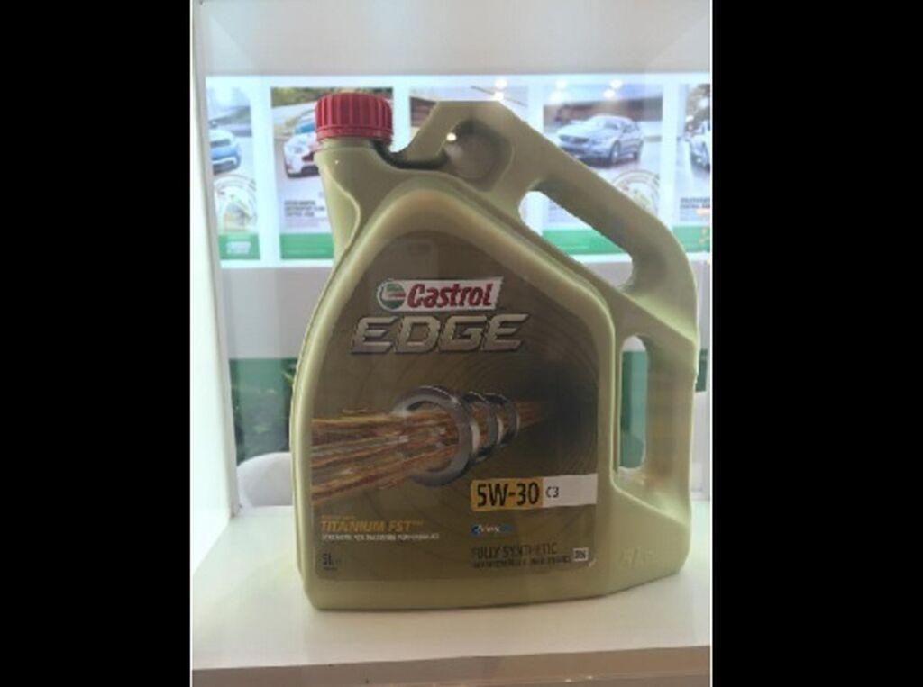El lubricante Castrol Edge reforzado con Titanio, novedad de Castrol en Motortec