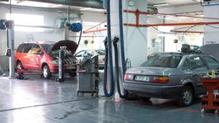El negocio de los coches viejos en los talleres marquistas