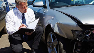 Las primas de seguros de auto repuntaron en el primer trimestre