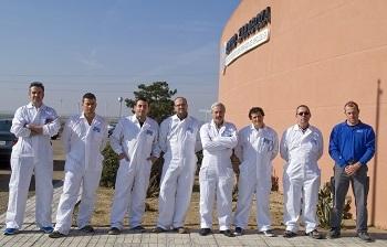 Pintores de five star identica y repanet se forman en centro zaragoza - Pintores zaragoza ...