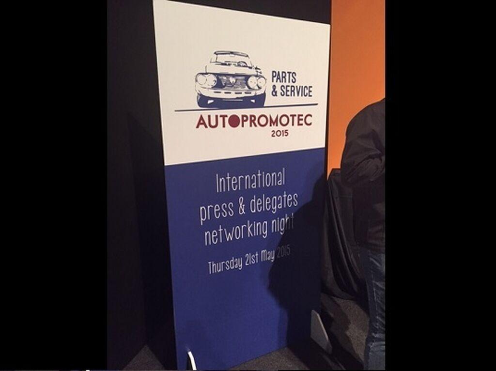 Autopromotec organizó una cena para periodistas y delegados internacionales en la que estuvo InfoCap.