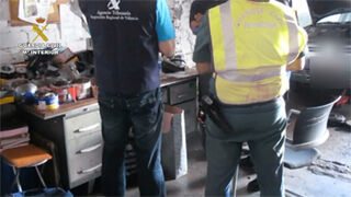 Casi 240 talleres ilegales cerraron tras la operación 'Talleres Mecánicos'