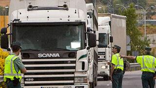 Tráfico comprobará el estado de vehículos industriales en plena carretera