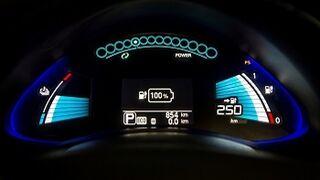 Nissan eleva a 250 kilómetros la autonomía del Leaf