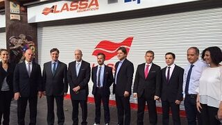 Lassa Center convierte un taller de Barcelona en su centro insignia