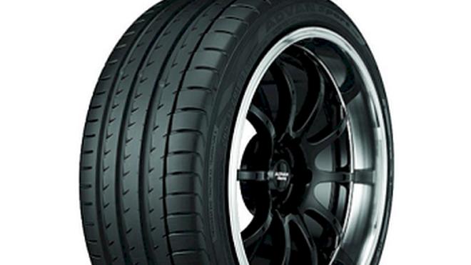 El neumático AVDAN Sport V105 de Yokohama equipará de serie a los Mercedes clase GLC