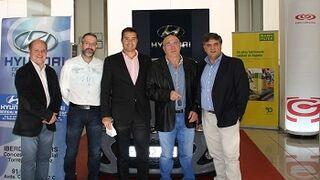 Gecorusa y Mann+Hummel regalan un coche de sustitución a un taller de Ourense